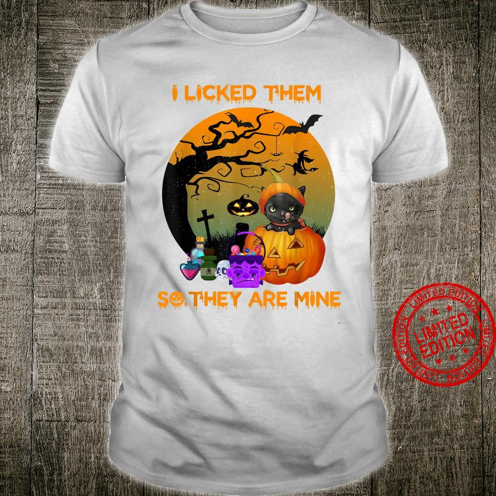 Funny Cat Halloween I Licked Them,So They Are Mine Shirt