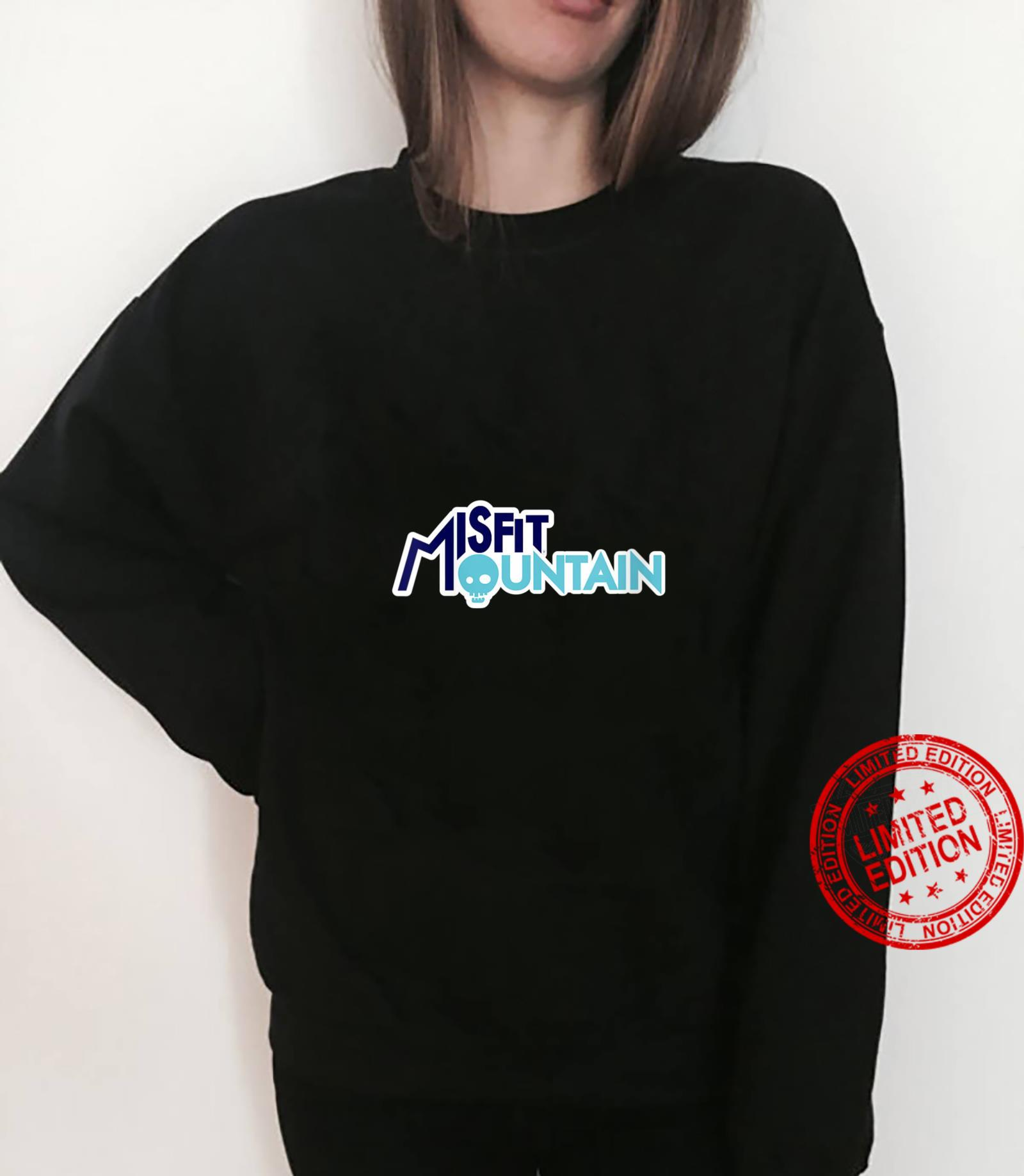 Womens Misfit Mountain Branded Shirt sweater