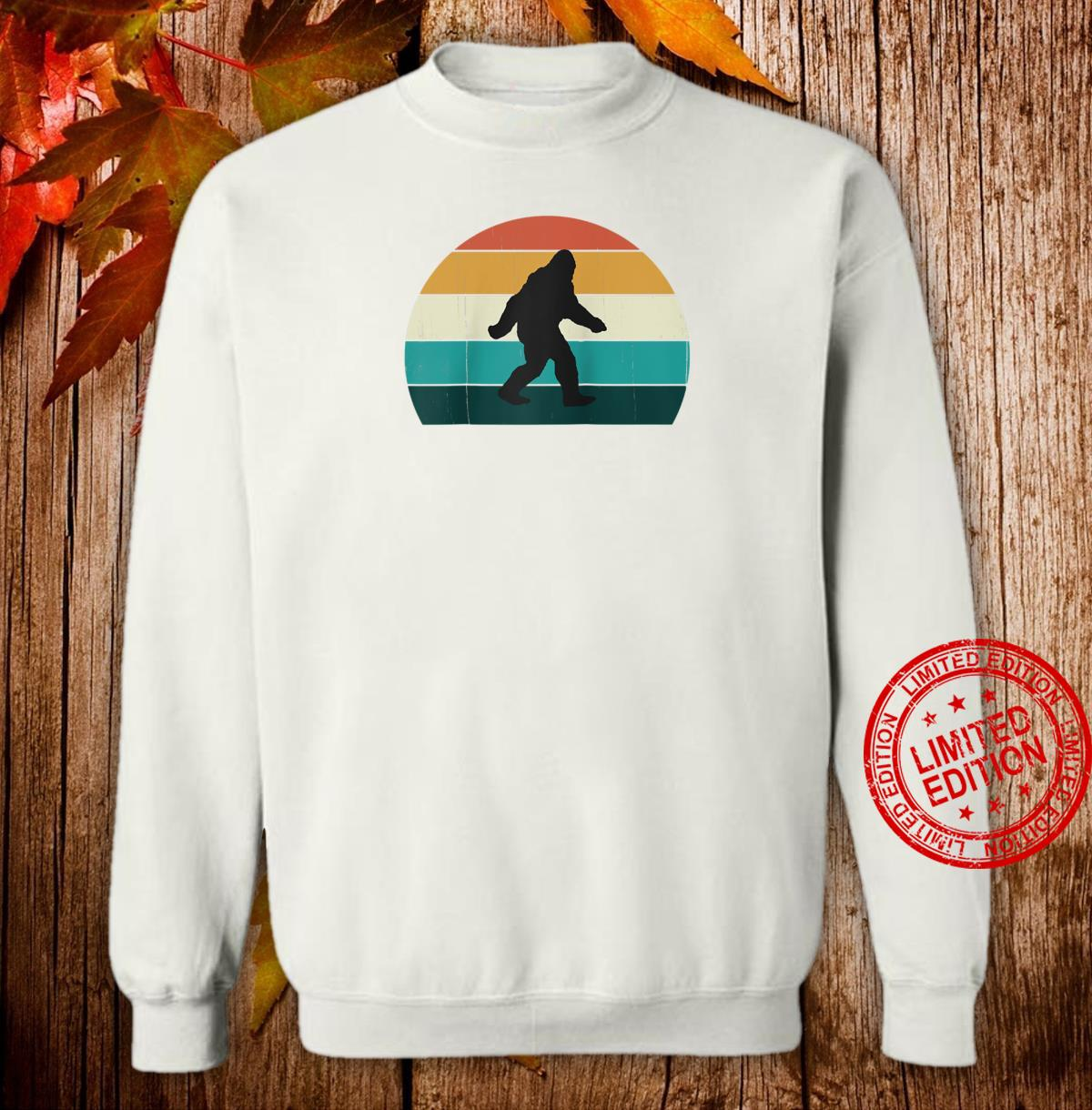 Retro Big Foot Cool Sunset Bigfoots Shirt sweater